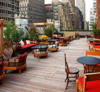 Refinery-Rooftop-Bar-New-York-04-1280x640-1024x512-1160x665